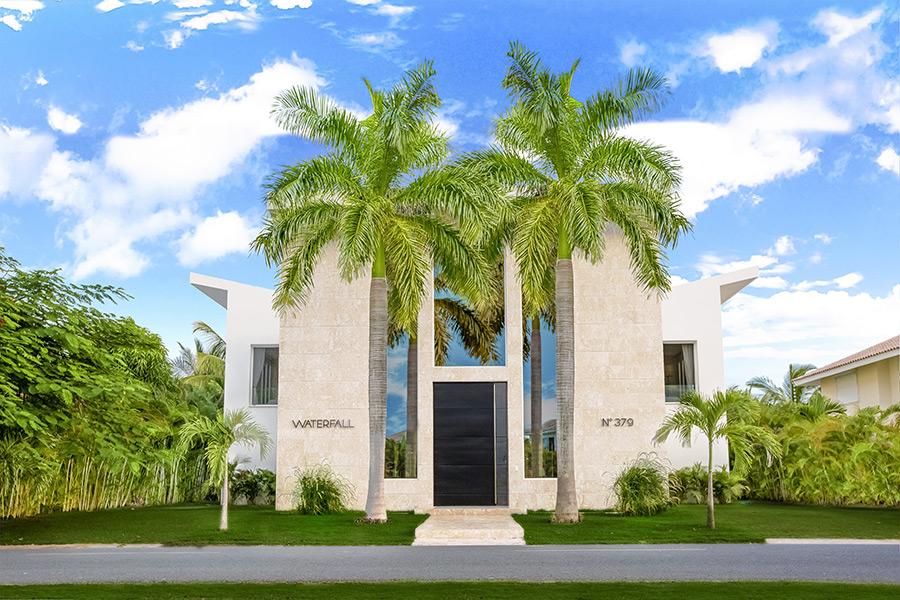 Luxury Villa Waterfall <i>for rent in Bavaro, Punta Cana, DR</i> - Villa Waterfall in Punta Cana